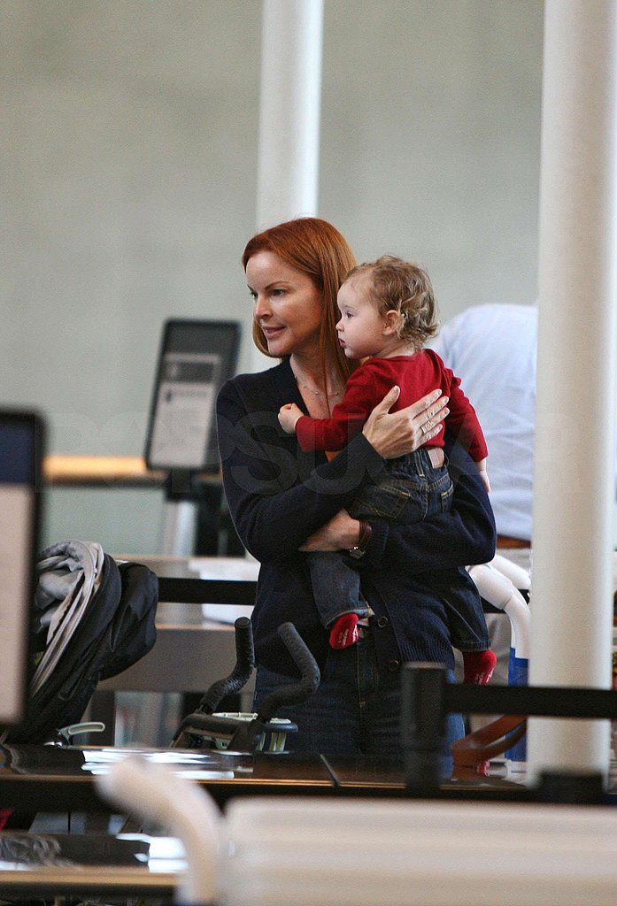 Marcia and the Fam at the Airport